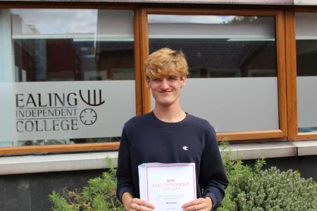 EIC celebrates another year of outstanding GCSE results